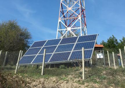 Фотоволтаично захранване на телекомуникационни станции