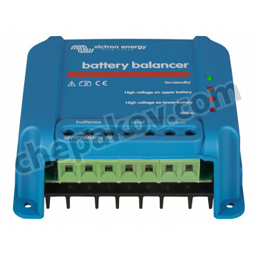 Батериен балансьор за изравняване два акумулатора
